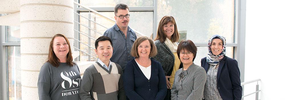 Gruppebilde av ansatte i Nordstrand Regnskapsbyrå